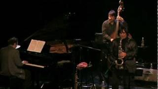 Planètes en rang d'oignons  F. Richard Nouvel orchestra & Yannick Rieu.mov
