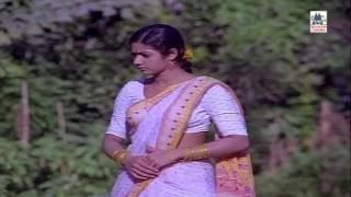 Theertha Karaiyinile Song Varumaiyin Niram Sivappu Kamal Sridevi Spb MSV