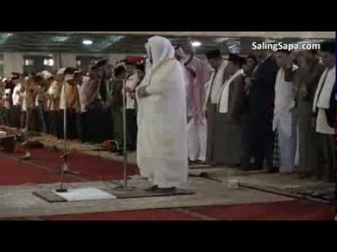Syekh Sudais Menjadi Imam Sholat Jum'at di Masjid Istiqlal - Jakarta