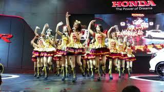 JKT48 - Part 1 @. Booth Honda GIIAS 12/08/17