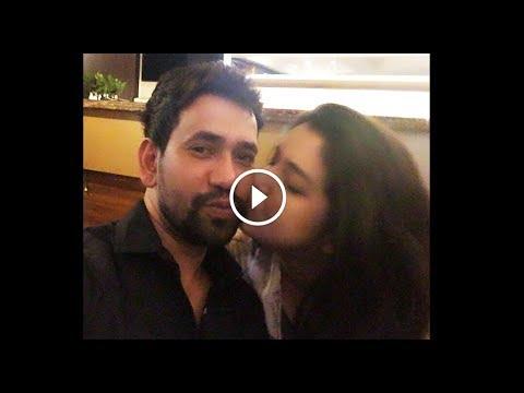Xxx Mp4 देखिये निरहुआ आम्रपाली किस करते हुए पकड़े गए फोटो हुआ लीक Amrapali Dubey Kiss Nirahua Bhojpuri News 3gp Sex