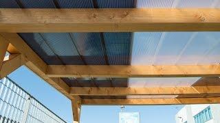 Come chiudere una veranda in legno con il policarbonato