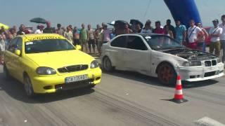 Lanos & BMW М3  Drag Wars- летище Бохот