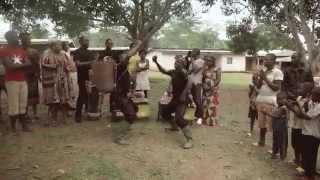 Dynastie le TIGRE - Joue-moi Le Mendjang (Official Video)
