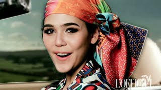 My Material World - Chompoo  Araya - WORLD OF HERMÈS & HOW TO TIE A CHIC HEAD SCARF1