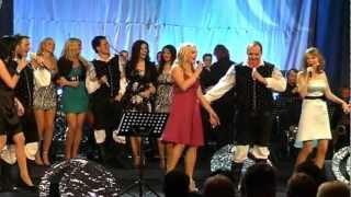 Modrijani z dekleti & Big band Krško-Kako sva si različna (v živo)