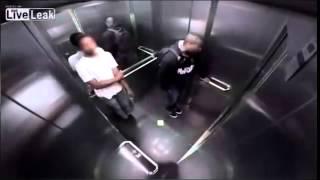 Broma ascensor jajajaj XD
