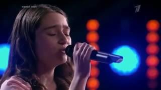 الطفلة الجزائرية سيدة محمد تغني بالعربية فتبهر المتابعين   ذا فويس كيدز