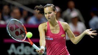 Highlights: Viktorija Golubic (SUI) v Karolina Pliskova (CZE)