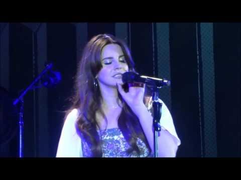 Lana del Rey - Shades of Cool en vivo - live (Español - Lyrics)