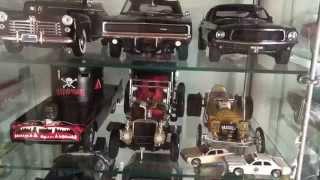 Hollywood 1:18 Wheels - Showcases
