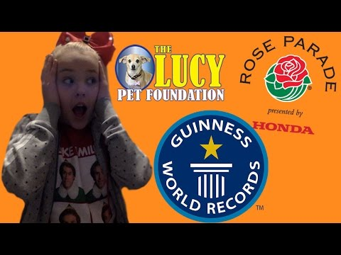 SEEING THE FLOAT FOR THE ROSE BOWL PARADE! Vlogmas day 22