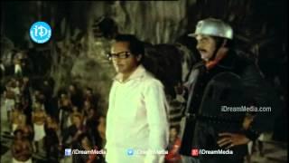Siripuram Monagadu Movie - Satyanarayana, Krishna, Jayaprada, KR Vijaya, Nutan Prasad Climax Scene