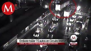 Tráiler huye de la policía y embiste 12 autos en Circuito Interior