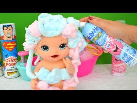 Xxx Mp4 La Muñeca Baby Alive Sofía Se Divierte Con Su Baño De Espuma TotoyKids 3gp Sex