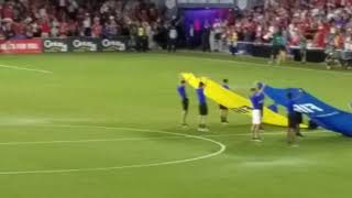 United States-Panama World Cup qualifying: March and national anthems