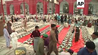 Pakistan Muslims observe first day of Ramadan