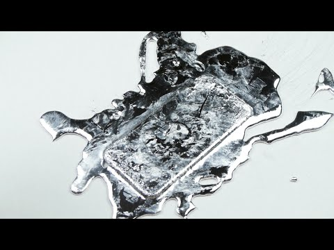 What Happens If You Pour Gallium on an iPhone 6