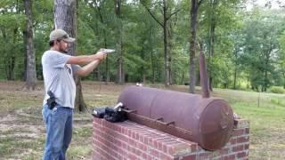 Disparando pistola 38 super del 11