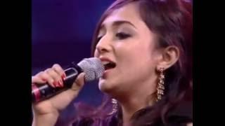 MEGE MEGE AJ KENO- Realreel Mon Mane Na Concert, Monali Thakur