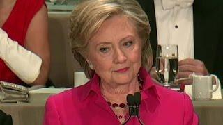 Clinton jokes Trump translates Teleprompter from Russian