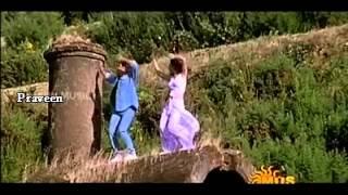 Kaadhal Kaadhal Kaadhal En Kannil Minnal Modhal Song From Poochoodava
