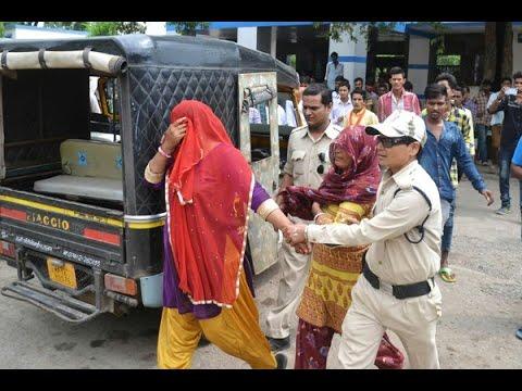 Xxx Mp4 मध्य प्रदेश के मंदसौर में गोमांस रखने के शक में दो मुस्लिम महिलाओं से मारापीट हुई थी 3gp Sex