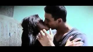 Yeh Saali Zindagi kiss scene HQ