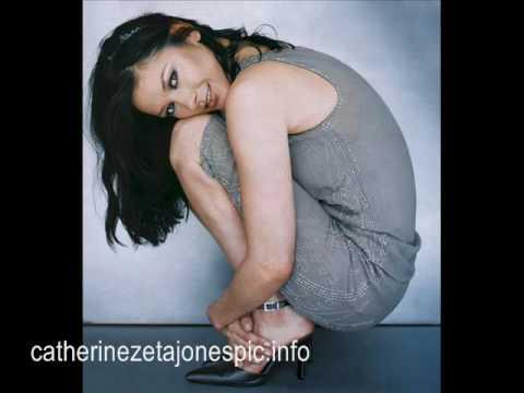 Catherine Zeta Jones pictures clip photo zorro