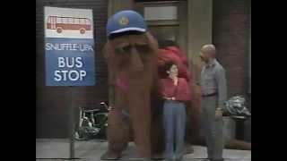 Classic Sesame Street - The Snuffle-Upa Bus Stop