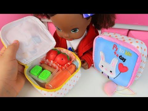 PREPARANDO A LANCHEIRA DAS BABY ALIVES PRIMEIRO DIA DE AULA 2019 Lilly Doll