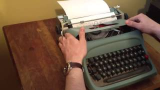 Underwood Olivetti Studio 44 typewriter **SOLD*