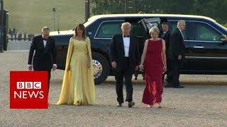 Trump arrives at Blenheim Palace - BBC News