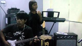 Farra ik3 - Separuh Nyawa Ku Biarkan Pergi (original) #FMStudio