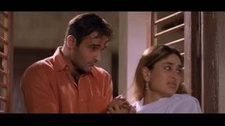 Funny scene where Akshaye Khanna sneaks in Kareena Kapoor's house(Hulchul)