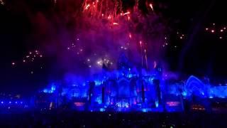Dimitri Vegas & Like Mike - Higher Place (LIVE @ Tomorrowland 2015 Mainstage)