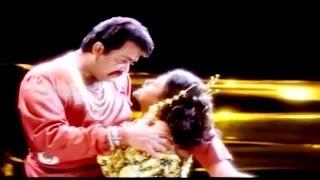 Malayalam Romantic Film Song | MAALEYAM | Thacholi Varghese Chekavar | K.S.Chitra