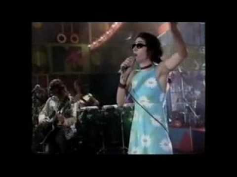 2 3 Marisa Monte Panis Et Circenses no VMB 1995 MTV