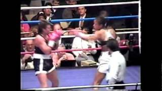 Knockouts Only 21 - Laila Ali gets knocked down
