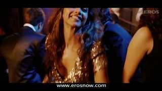 Tera Naam Japdi Phiran Item Song 2012 Cocktail Deepika Padukone