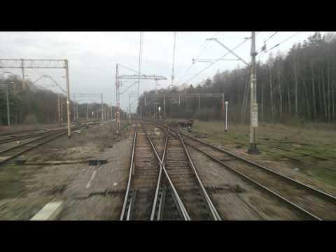 Odcinek Lublin Warszawa Wschodnia z tyłu TLK Staszic chwilę przed wiosną 2016