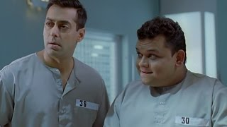 Salman Khan admitted to a mental sanatorium