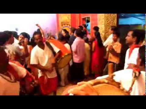 Durga Puja 2014 at Boubazar in kolkata bangali area with many dhaki nice festival mela new video cli