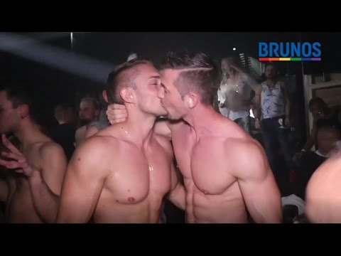 Xxx Mp4 Gay Hot Spot Zürich 3gp Sex