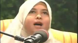 ‪Best female Quran reciter Sumayya EdDeeb reciting Surat Al Fajr‬‏ YouTube