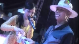 Noor Elfathony - Lemes Dedes - Nirwana Stage Dangdut Pantura (31-07-2014)