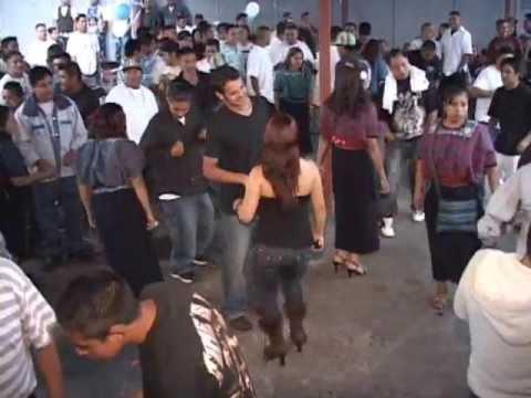 Todos Santos Huehuetenango Bailazo en Vivo desde Oakland CA 2012. Con Marimba