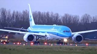 KLM - Boeing 787-9 Dreamliner - Wet takeoff at AMS for last Welcome Flight KL9899