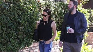 Ben Affleck And Jennifer Garner Go To Couple