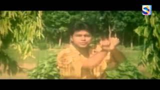 Norom Norom Ongge (নরম নরম অঙ্গে) -  Movie Song  |  Gorom Hawya